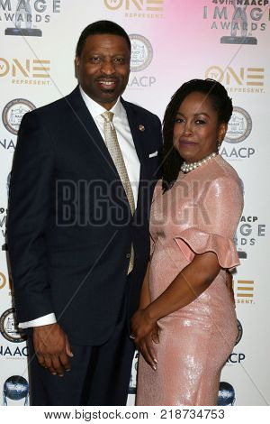 LOS ANGELES - DEC 16:  Derrick Johnson, Wife at the 49th NAACP Image Awards Nominees' Luncheon at Beverly Hilton Hotel on December 16, 2017 in Beverly Hills, CA