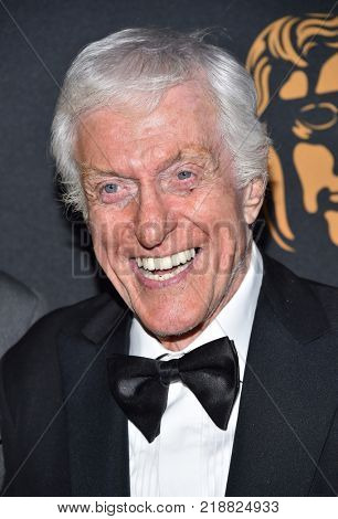 LOS ANGELES - OCT 27:  Dick Van Dyke arrives for the BAFTA Brittania Awards 2017 on October 27, 2017 in Beverly Hills, CA