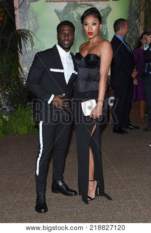 LOS ANGELES - DEC 11:  Kevin Hart and Eniko Parrish arrives for the 'Jumanji: Welcome To The Jungle' Los Angeles Premiere on December 11, 2017 in Hollywood, CA