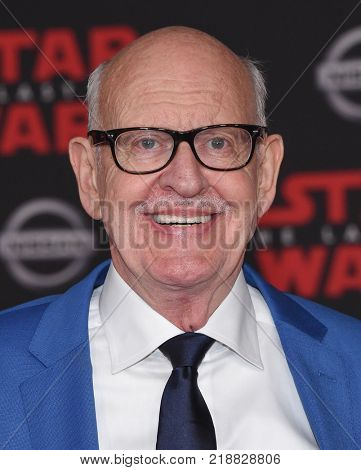 LOS ANGELES - DEC 09:  Frank Oz arrives for the 'Star Wars: The Last Jedi' World Premiere on December 09, 2017 in Los Angeles, CA