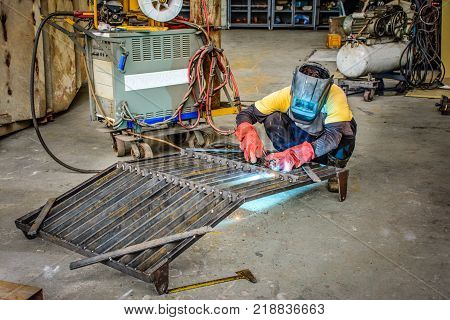 engineer braze iron body in the workshop