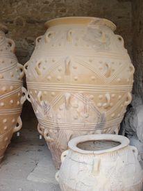 Palace Of Kossnos Pottery