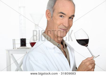 Oenologist analysing a wine