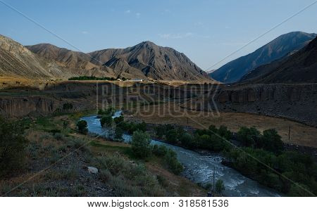 Kyrgyzstan. North-eastern Part Of The Pamir Tract Between The Villages Of Sary-tash And Gulcha.