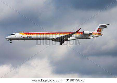 Frankfurt / Germany - August 12, 2014: Iberia Regional Air Nostrum Bombardier Crj-1000 Ec-lpn Passen