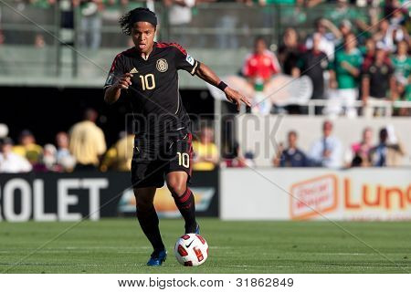 PASADENA, CA. - MAY 25: Mexico F Giovani Dos Santos #10 during the 2011 CONCACAF Gold Cup championship game on May 25, 2011 at a sold out Rose Bowl in Pasadena, CA.