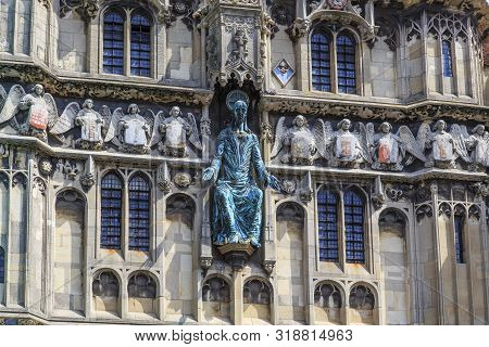 Canterbury, Great Britain - May 15, 2014: There Are Statues Of Jesus And Angels With Emblems Of Nobi