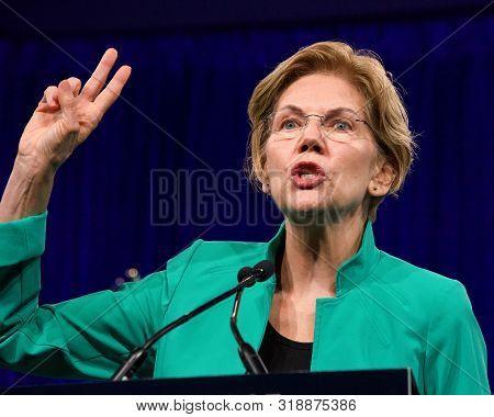 San Francisco, Ca - August 23, 2019: Presidential Candidate Elizabeth Warren Speaking At The Democra