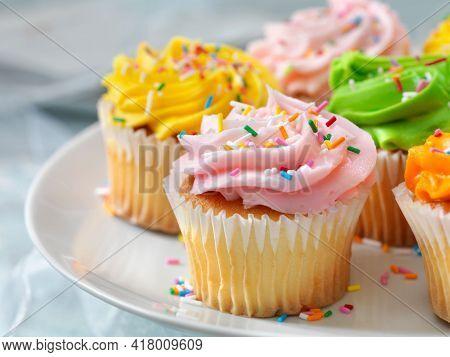 Exotic Cupcake Flavors. Super Moist Chocolate Cupcakes