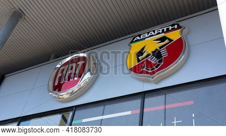 Bordeaux , Aquitaine France - 04 22 2021 : Fiat Abarth Car Store Logo Brand And Text Sign Dealership