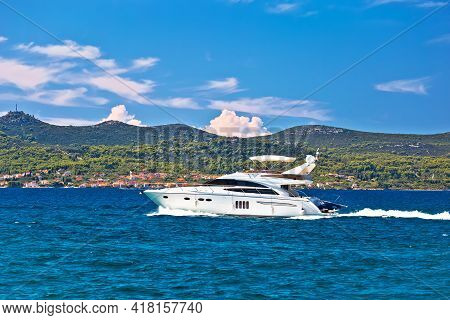 Yachtig At Turquoise Sea Of Zadar Archipelago View, Dalmatia Region Of Croatia