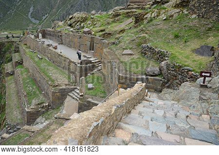 Ollantaytambo, Old Inca Fortress In The Sacred Valley, Peru. Ollantaytambo Is Located In The Sacred