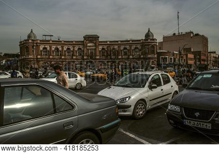 Tehran, Iran, December 28, 2020: The Crowded Hasanabad Square Intersects With Imam Khomeini Street W