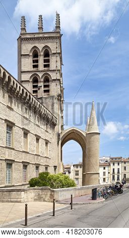 Montpellier, France - June 09 2019: Tourists Walking Around The Montpellier Cathedral Of Saint Peter