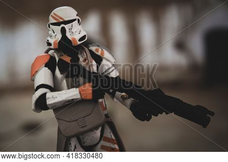 APRIL 25 2021: Star Wars The Clone Wars Clone Paratrooper with DC-15A blaster rifle - Hasbro action figures