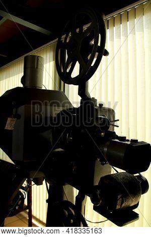 Elche, Alicante, Spain- March 28, 2021: Vintage Cinema Projector Exhibited In The Pusol Museum Of El