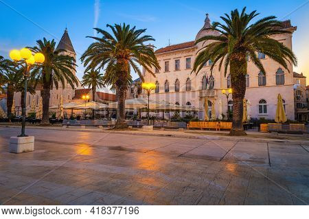 Fantastic Walkway With Street Bars And Street Cafes At Sunrise, Trogir, Dalmatia, Croatia, Europe