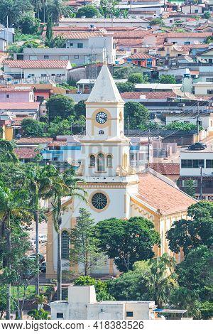São Roque De Minas - Mg, Brazil - December 14, 2020: View Of The Mother Church Of São Roque At The U