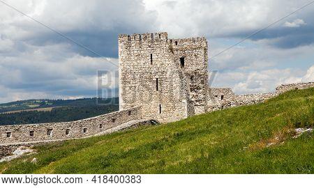 Spissky Hrad Castle Ruin Near Spisske Podhradie Town Or Village, Spis Region, Slovakia, Europe, Bigg