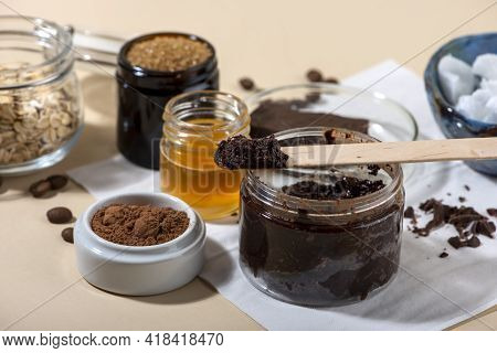 Chocolate Face And Body Scrub. Homemade Spa Cosmetic Recipe. Home Beauty Concept. Diy Cosmetics. Clo
