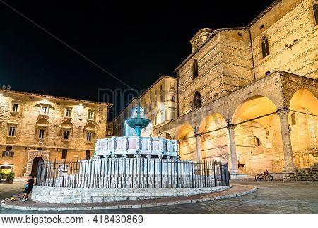 Fontana Maggiore At Piazza Iv Novembre In Perugia, Italy