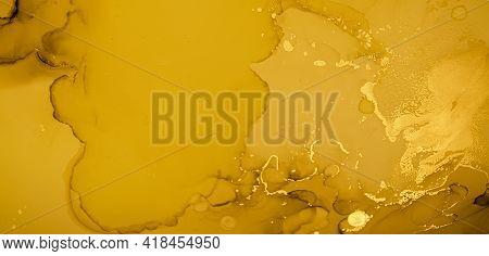 Gold Fluid Art. Abstract Marble Background. Acrylic Oil Texture. Liquid Paint. Fluid Art. Modern Flo