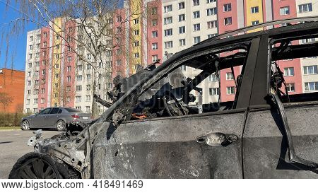 New Car Burned To The Ground In The Middle Of A Sleeping Area.