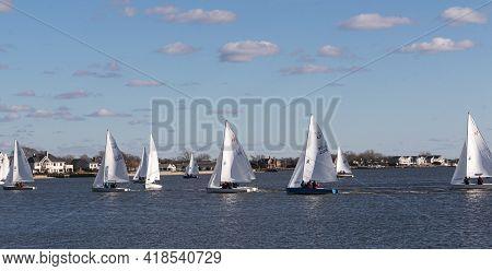 Babylon, New York, Usa - 7 December 2019: Many Sailboats In A Winter Regatta Off The Coast Of Long I