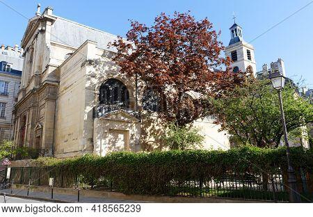 Notre-dame Des Blancs-manteaux Is A Roman Catholic Parish Church In Le Marais, 4th Arrondissement Of