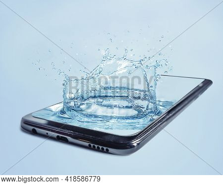 Splashes of water in a smartphone. 3D stylization