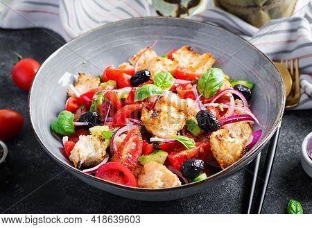Tuscan Panzanella, Traditional Italian Salad With Tomatoes And Bread. Vegetarian Panzanella Salad. M