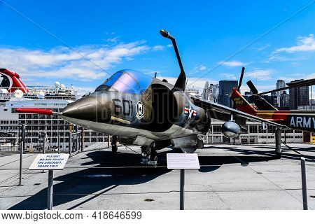 New York City, Usa - June 21, 2018: British Aerospace Av-8c Harrier Aircraft In Intrepid Museum In N