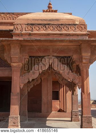 Fatephur Sikri, India- March, 27, 2019: Ornately Carved Doorway To The Treasury At Fatephur Sikri Pa