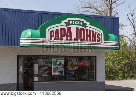 Wabash - Circa April 2021: Papa John's Take-out Pizza Restaurant. Papa John's Is The Third Largest T