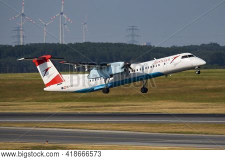 Vienna, Austria - May 20, 2018: Austrian Airlines Bombardier Dhc-8 Q400 Oe-lgj Passenger Plane Depar