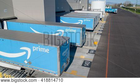 Nampa, Idaho - April 17, 2021: Amazon Trailers Being Loaded Before Heading On The Road As Freight