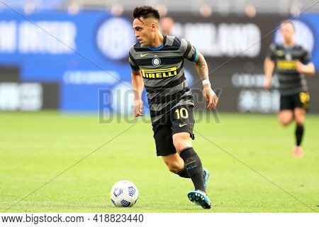 Milano, Italy. 25th April 2021 . Lautaro Martinez Of Fc Internazionale  During The Serie A Match Bet