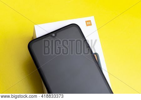 Belarus, Novopolotsk - 28 April, 2021: Telephone Xiaomi Redmi 9a Close Up
