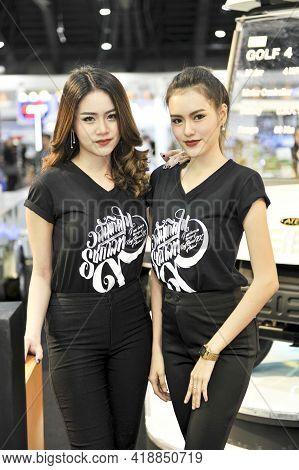 Bangkok-december 1 Pretty At  Motor Expo 2016 On Decrmber1  , 2016  In Bangkok, Thailand