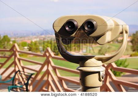 Binoculars_06