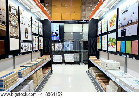 Bangkok Thailand - June 12, 2017 : Various Pattern Of Tiles Are Displayed For Customers To Choose In