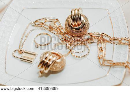 Women's Jewelry Earrings, Trendy Jewelry, Rings On A Plate.
