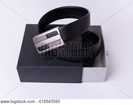 Men's Belt Made Of Genuine Black Leather With A Metal Buckle. Packed In A Gift Box