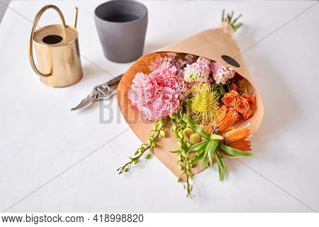 Flowers Bunch, Set For Home. Fresh Cut Flowers For Decoration Home. European Floral Shop. Delivery F
