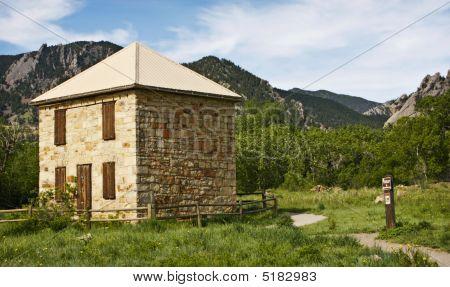 Boulder Colorado Trailhead