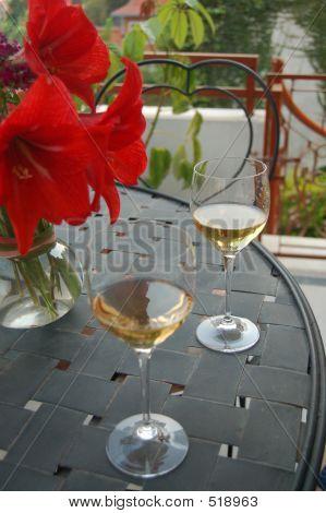 Wineglass Couple