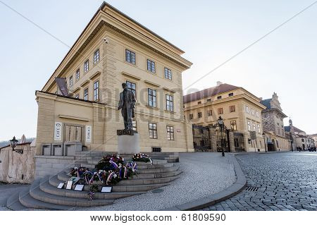Monument, Of, Tomas, Garrique, Masaryk, On, Hradcany, Square.