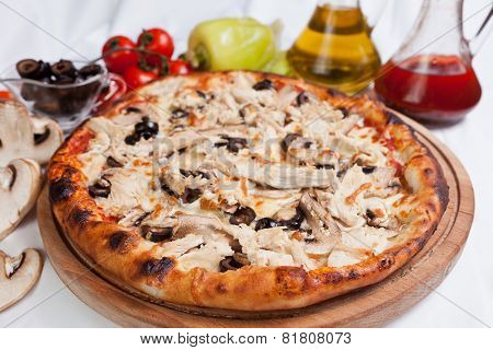 Meat Chicken And Mushrooms Pizza
