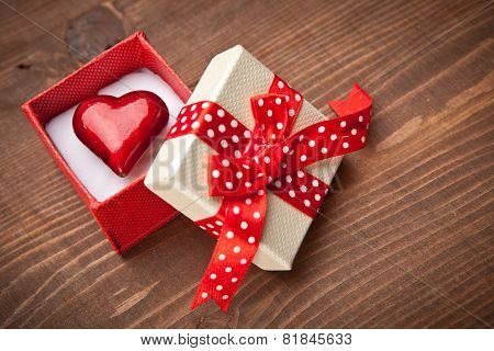 Set Of Gift Box With Hart