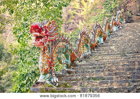 asian dragon sculpture, Ninh Binh, Vietnam